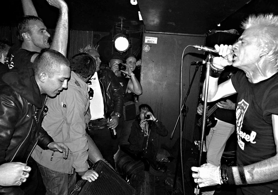 GBH (uk), BASTARDS ON PARADE (esp) – 10.11.2014 – KLUB 007 STRAHOV